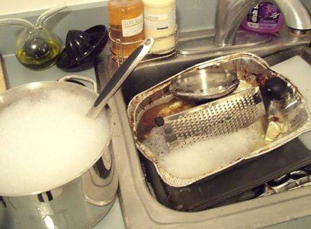 Как отмыть посуду от жира