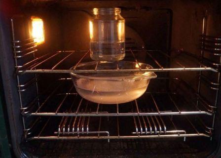 Как и чем можно начисто отмыть электрическую духовку