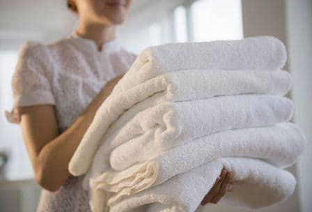 Как отбелить полотенца, чем вывести пятна и загрязнения