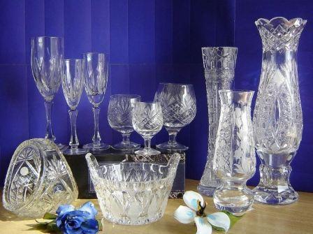 Как вымыть стеклянные или хрустальные бокалы и фужеры до блеска