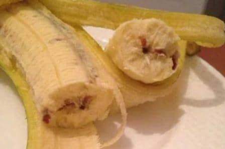 Как отстирать пятно от банана с одежды