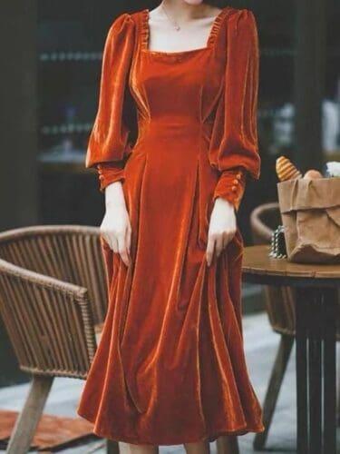 Реставрировать старое платье из бархата